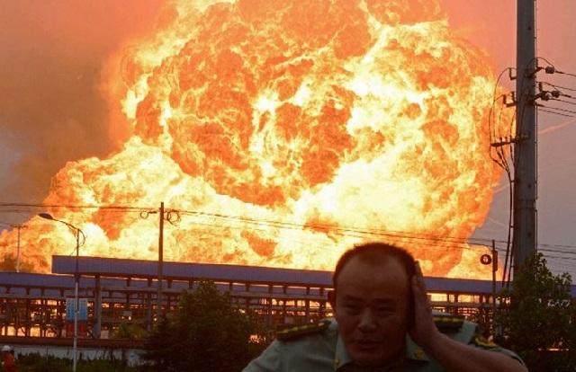 Κίνα: Οκτώ νεκροί και 35 τραυματίες από την έκρηξη αγωγού φυσικού αερίου