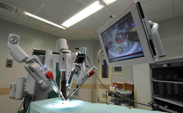 Επιστρέφονται τα ιατρικά μηχανήματα που είχαν κλαπεί από σπείρα Κολομβιανών