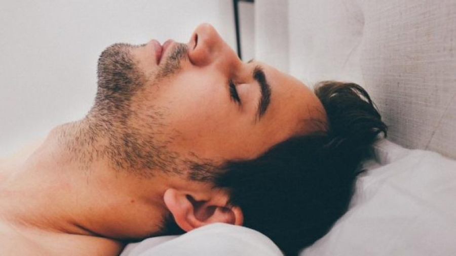 Μπαρ ύπνου προσφέρει σιέστα με 14 ευρώ την ώρα!