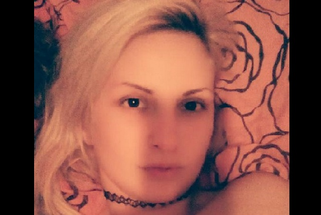 Κατέληξε η 27χρονη που χτύπησε ο σύζυγός της με σκεπάρνι