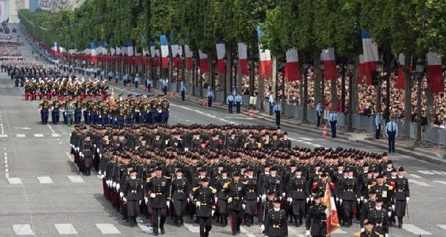 Φρούριο το Παρίσι: 11.000 αστυνομικοί για τους εορτασμούς της εθνικής επετείου