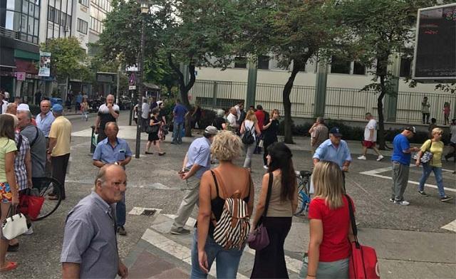 Μπουνιές στο κέντρο της Λάρισας: Του επιτέθηκε έξω από το δικαστικό μέγαρο