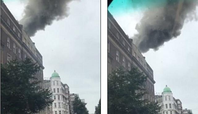 Μαύροι καπνοί στο Λονδίνο. Φωτιά σε μεγάλο συγκρότημα