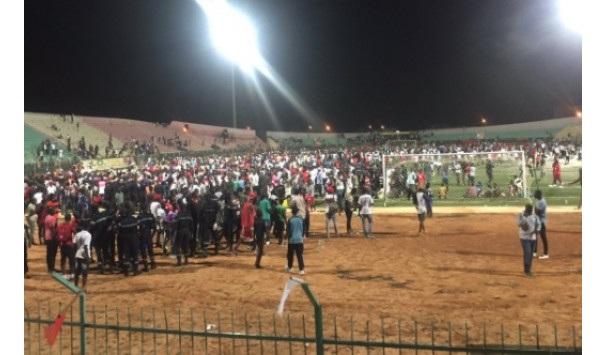 Ποδοπατήθηκαν μετά από ποδοσφαιρικό αγώνα. Τουλάχιστον 8 νεκροί και 49 τραυματίες