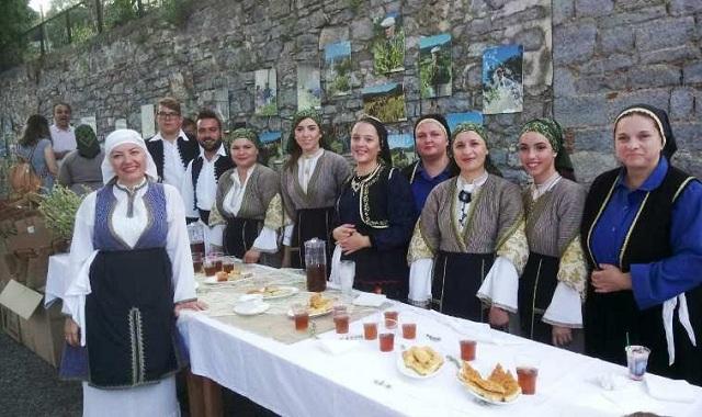 «Γιορτή τσαγιού» στη Βρύναινα [photos]