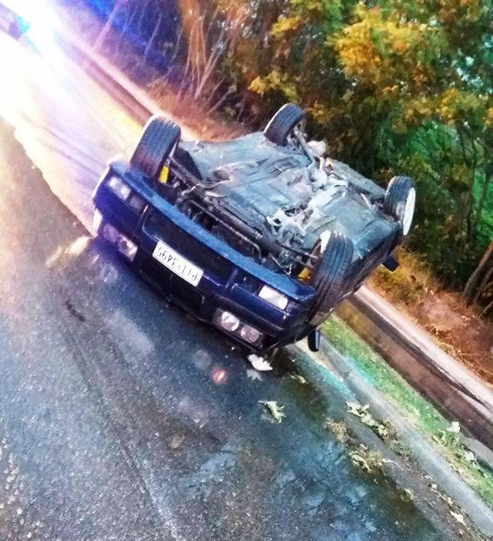 Ανατροπή  αυτοκινήτου στη Λαμπράκη