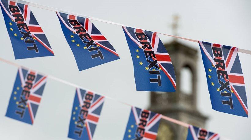 Brexit: Ξεκινά σήμερα ο δεύτερος γύρος των διαπραγματεύσεων Ε.Ε.- Βρετανίας