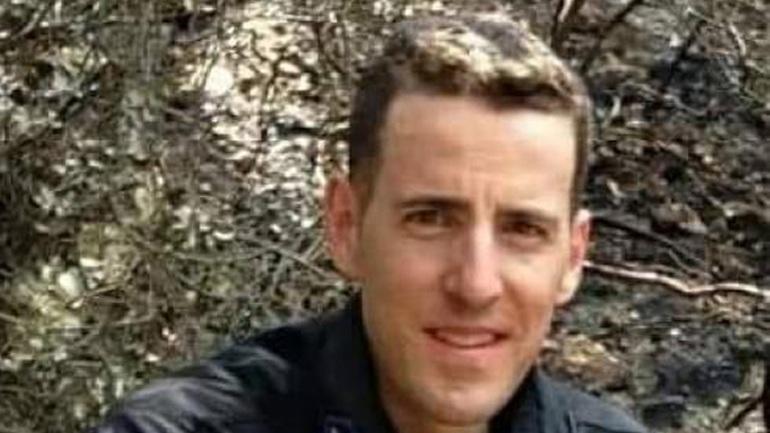 Θρήνος για τον 33χρονο πυροσβέστη Αριστείδη Μουζακίτη
