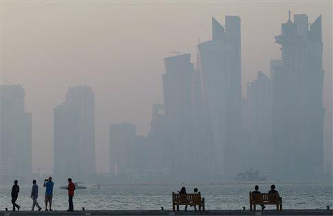 Τα Εμιράτα προαναγγέλλουν νέα μέτρα κατά του Κατάρ, αρνούνται το χακάρισμα