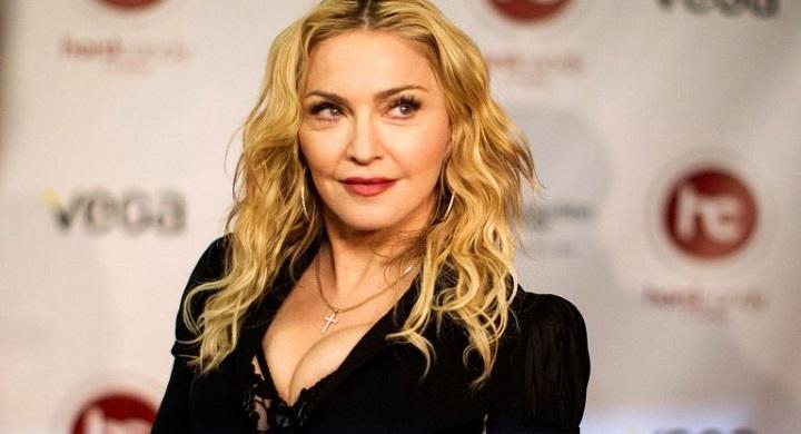 Η Μαντόνα γλίτωσε τα προσωπικά της αντικείμενα από... δημοπρασία