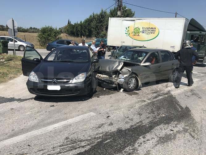 Τρεις τραυματίες από καραμπόλα στην περιφερειακή της Τρικάλων