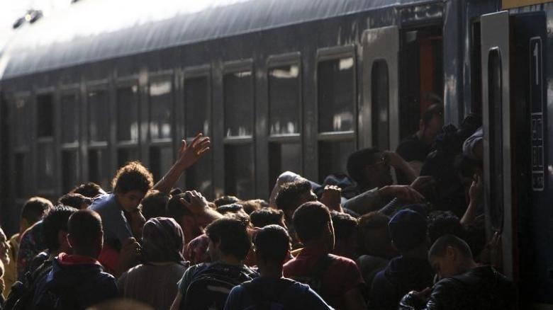 Εκκενώθηκαν τρένα στην Ουγγαρία έπειτα από απειλή για βόμβα