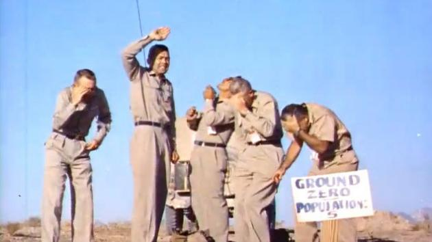 Πέντε άνδρες κάτω… από μια πυρηνική έκρηξη – απίστευτο βίντεο!