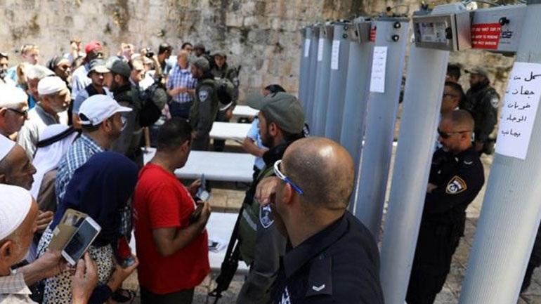 Ισραήλ: Αφαιρέθηκαν οι ανιχνευτές μετάλλου από τις εισόδους της Πλατείας των Τζαμιών