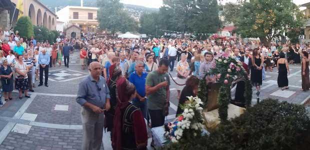 Πλήθος πιστών στον εορτασμό της Αγίας Παρασκευής