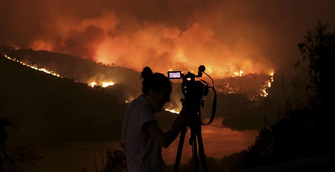 Μάχη με καταστροφικές φωτιές δίνει ξανά η Πορτογαλία