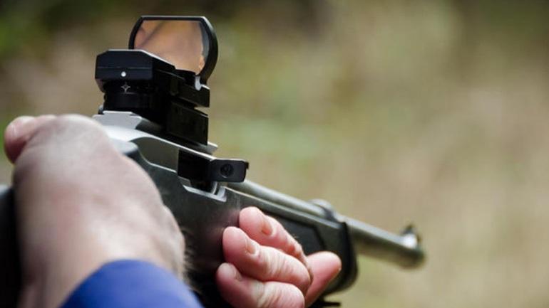 Θεσσαλονίκη: Παραλίγο έγκλημα - 29χρονος πυροβόλησε τον αδελφό της συντρόφου του