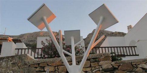 Πρωτότυπο Hλιακό Δέντρο στις Καμάρες της Σίφνου