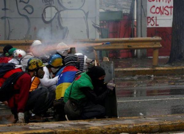 Βενεζουέλα: Κάλεσμα για αποκλεισμό των δρόμων την Κυριακή