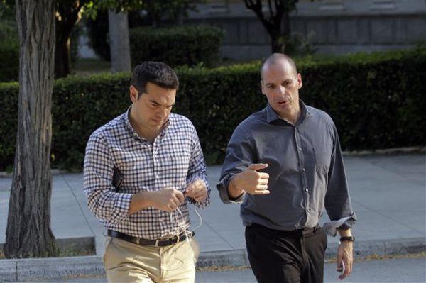 Τα 7 sms του Βαρουφάκη - Ο Αλ. Τσίπρας ήταν έτοιμος να δεχτεί το Grexit του Β. Σόιμπλε