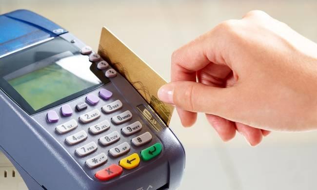 Πληρωμή φόρων σε δόσεις μέσω καρτών. Τι ισχύει