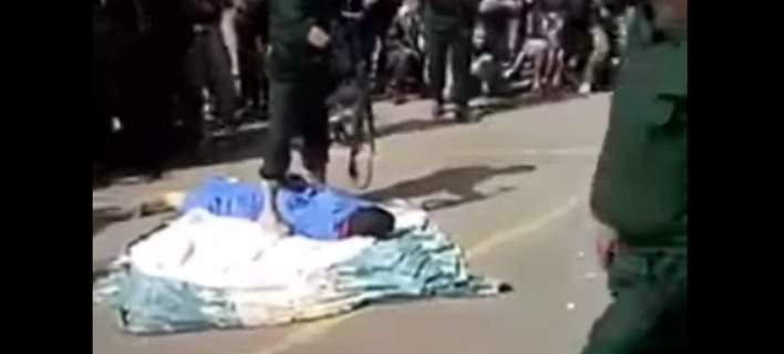 Υεμένη: Εκτέλεσαν δημόσια βιαστή 3χρονου κοριτσιού