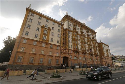 Απαγορεύτηκε σε αμερικανούς διπλωμάτες πρόσβαση σε κατοικία στη Μόσχα