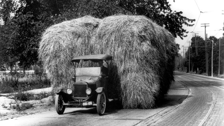 Το πρώτο επαγγελματικό της Ford εμφανίστηκε πριν 100 χρόνια