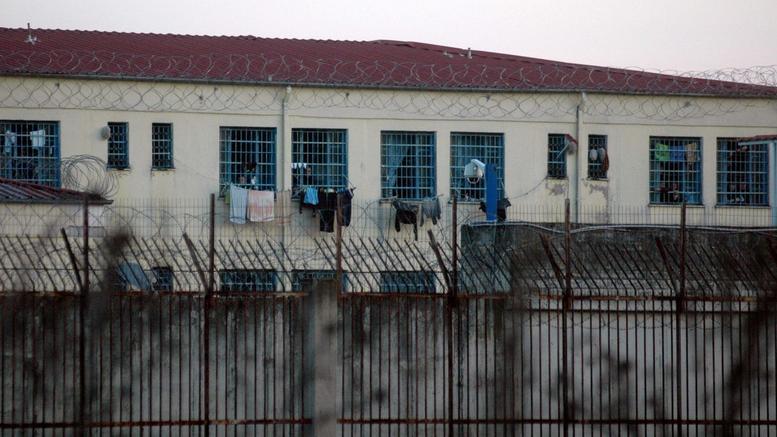 Βαριά τραυματισμένοι οι δύο κρατούμενοι στις φυλακές Τρικάλων