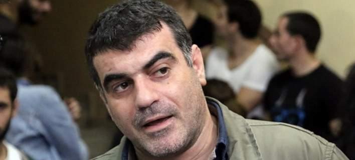 Καταδικάστηκε ο Κώστας Βαξεβάνης για συκοφαντική δυσφήμιση της συζύγου Στουρνάρα