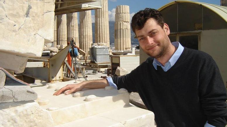 Αρθρο-ύμνος της WSJ στον Ελληνα που βρήκε κλεμμένο αγγείο
