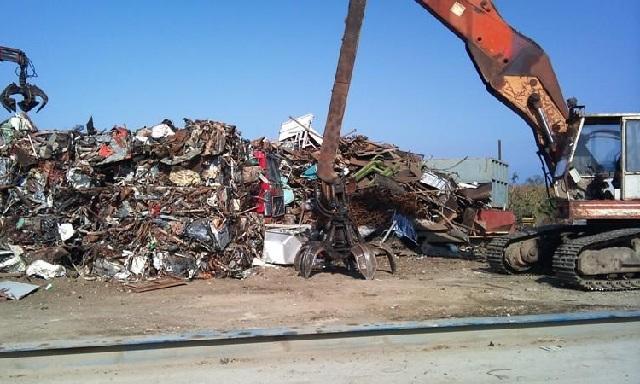 Απαιτείται άδεια για τη συλλογή και μεταφορά αποβλήτων προς ανακύκλωση