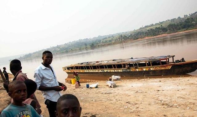 ΟΗΕ: Ένας στρατός από παιδιά απαρτίζουν ένοπλη πολιτοφυλακή στη Λαϊκή Δημοκρατία του Κονγκό