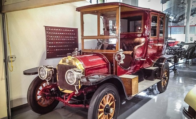 Ιστορικά αυτοκίνητα στη Θεσσαλία