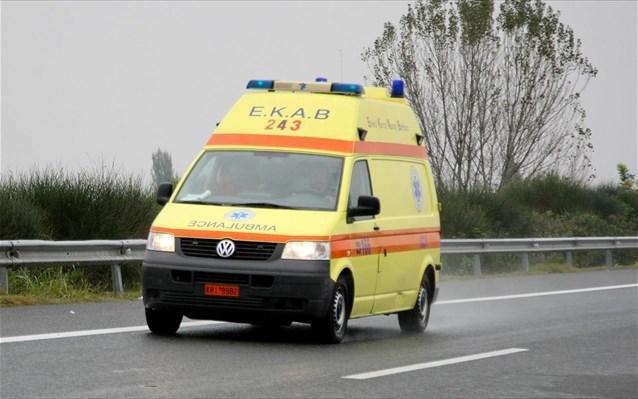 Τροχαίο ατύχημα έξω από τα Φάρσαλα