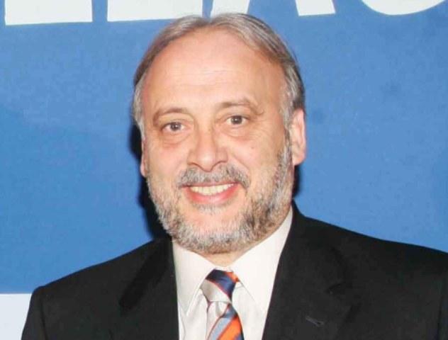 Υποψήφιος για πρόεδρος της ΕΠΟ ο Καλαντζής