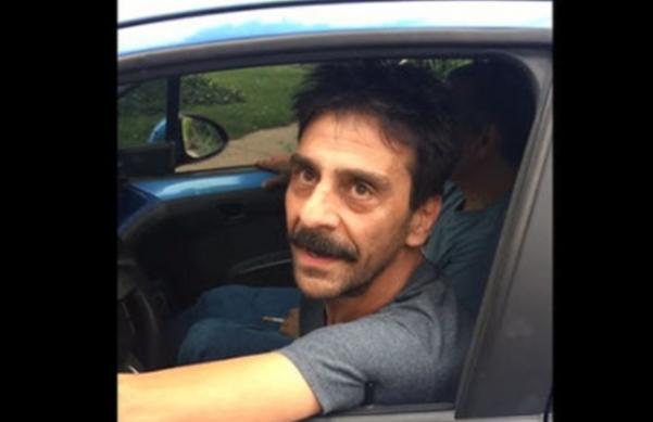 Το DNA του «Ελληναρά» οδηγού στις ΗΠΑ. Δεν του καίγεται καρφί για τον πεζό (video)