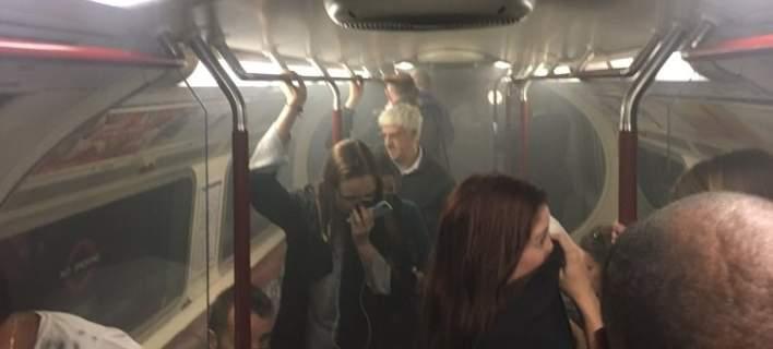Εκκενώθηκε σταθμός μετρό στο Λονδίνο μετά από φωτιά σε βαγόνι [εικόνα]
