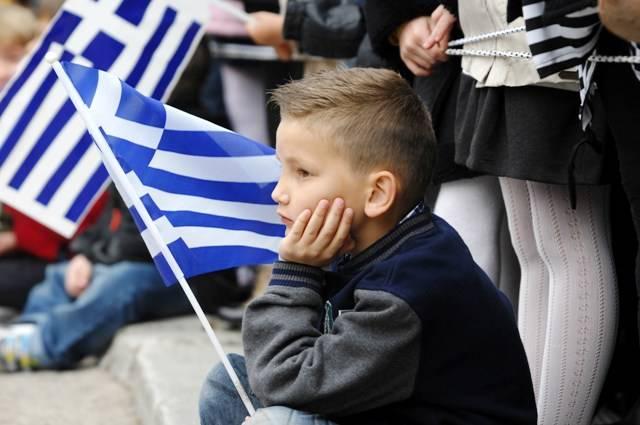 Δραματική συρρίκνωση του ελληνικού πληθυσμού τα επόμενα χρόνια