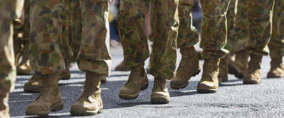 Σκάνδαλο στο βρετανικό στρατό. Εκπαιδευτές χτυπούν & βρίζουν τους νεοσύλλεκτους