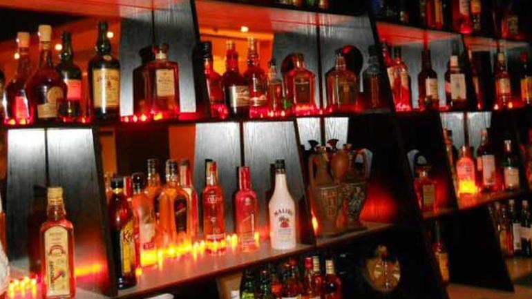 Ανήλικος προσπάθησε να… βάλει φωτιά σε μπαρ στη Χερσόνησο
