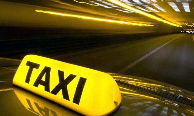 Ζημιές σε 15 οχήματα στη Μάλαγα της Ισπανίας προκάλεσαν οι απεργοί οδηγοί ταξί