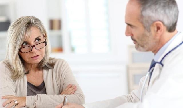 Νέα έρευνα: Οι γυναίκες που παίρνουν αντισυλληπτικά κινδυνεύουν λιγότερο από αρθρίτιδα