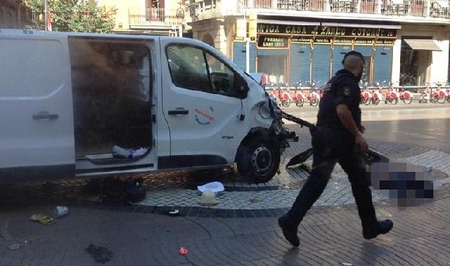 Βαρκελώνη: Οι τέσσερις ύποπτοι που αναζητά η αστυνομία για την επίθεση στη Las Ramplas