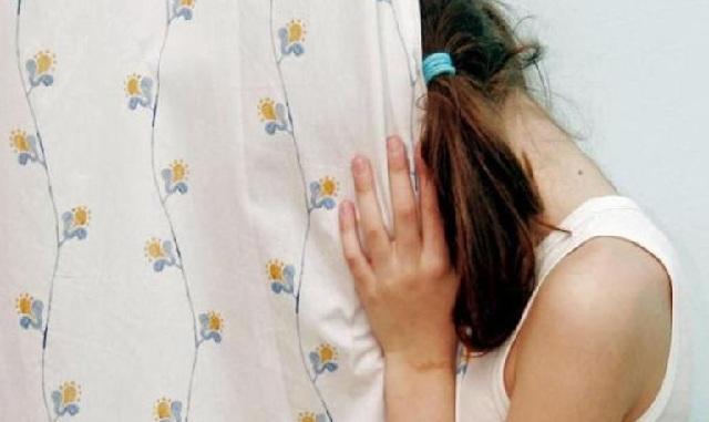 Πατέρας από την Κάλυμνο εξέδιδε την 14χρονη κόρη του για πέντε ευρώ