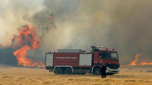 Πυρκαγιά στην Κυπαρισσία - Δεν απειλούνται κατοικημένες περιοχές