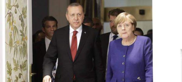 Συνεχίζεται η κόντρα Γερμανίας-Τουρκίας - Τώρα, η Αγκυρα κατηγορεί το Βερολίνο για «αλαζονική» στάση