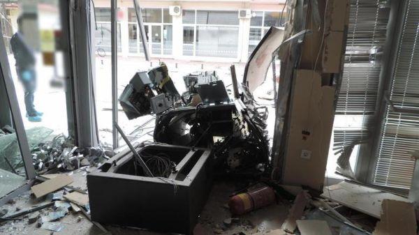 Ζάκυνθος: Ανατίναξαν ΑΤΜ αλλά έφυγαν με άδεια χέρια