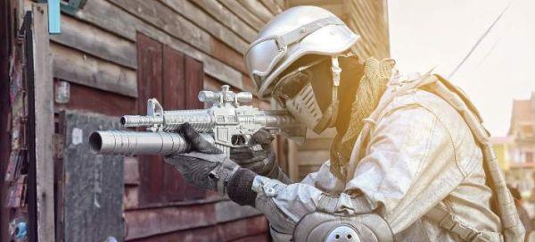 Ειδικοί ζητούν από τον ΟΗΕ την απαγόρευση της χρήσης Τεχνητής Νοημοσύνης για τη διαχείριση όπλων
