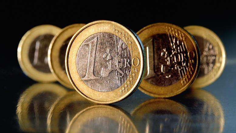 Νομπελίστες οικονομολόγοι «βλέπουν» νέα κρίση του ευρώ